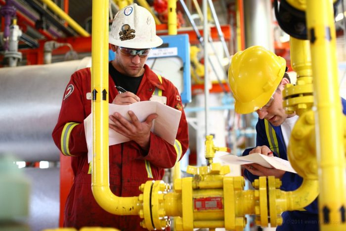 CRISIS MANAGEMENT OF THE UPSTREAM OIL & GAS OPERATION
