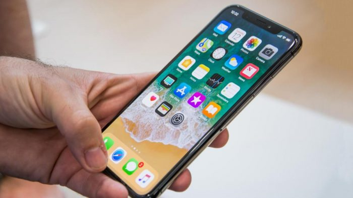 PELATIHANKREDIT KONTROL DENGAN PHONES