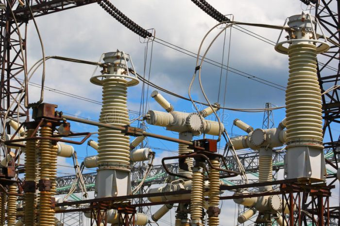 TRAINING HIGH VOLTAGE ELECTRICAL EQUIPMENT