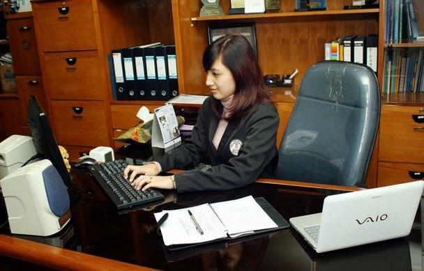 Profesional untuk Sekretaris